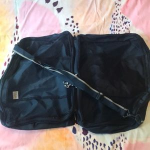 New large travel navy mesh compartment bag duffel